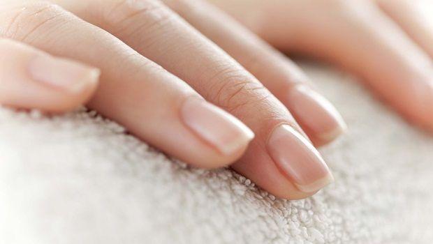 Vitamin E für die Haut - Stärkung der Nägel