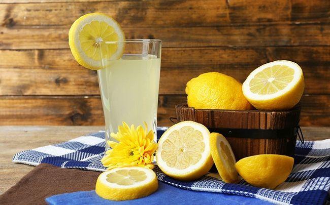 Zitrone für Haarausfall - Zitronensaft Haar-Therapie