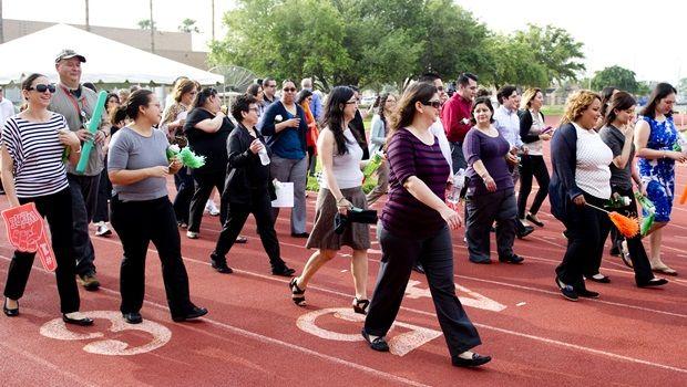 Teilnahme an körperlicher Aktivität - Möglichkeiten, die Arbeitsleistung zu verbessern