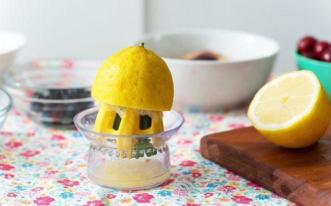Kurkuma-Maske für Akne - Kurkuma und Zitronensaft
