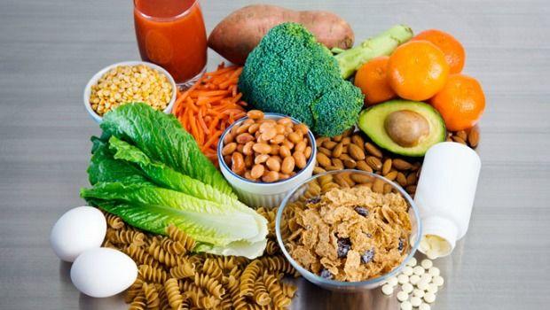 Folsäure, Folsäure oder Folsäure (Vitamin B9) herunterladen