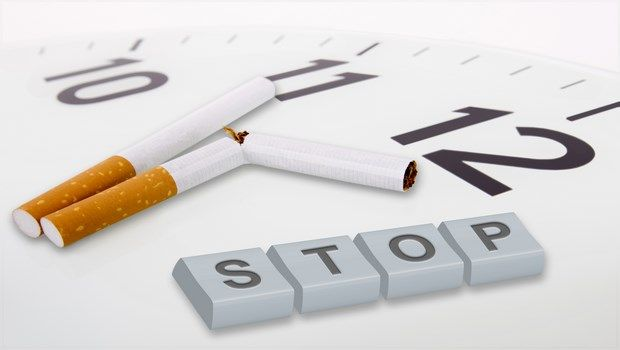 wie alt Ebenen-Stop zu senken Rauchen