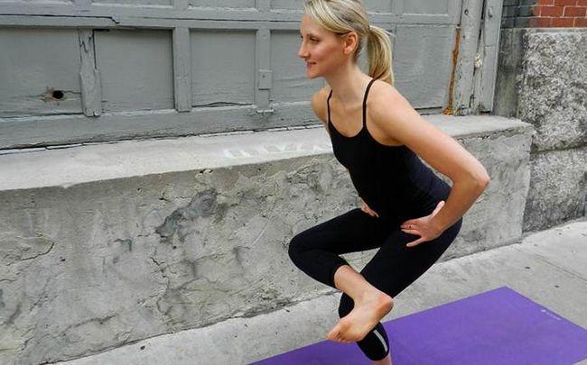 Yoga-Posen für Ischias - Taube auf einem Stuhl