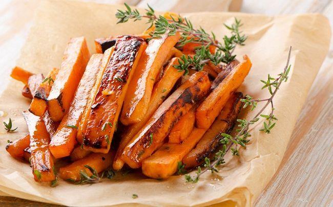 gesunde Babynahrung - süße Kartoffelchips