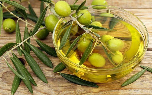 wie glänzende Nägel zu bekommen - Olivenöl