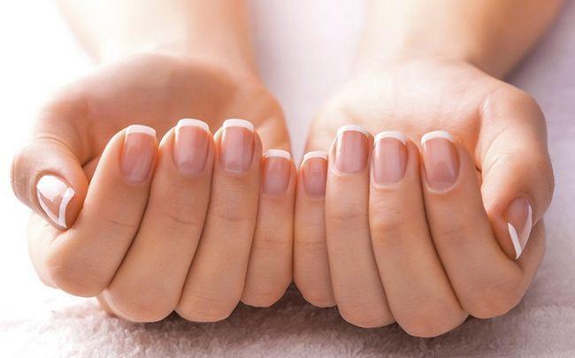 wie glänzende Nägel zu bekommen - lassen Sie die Nägel atmen