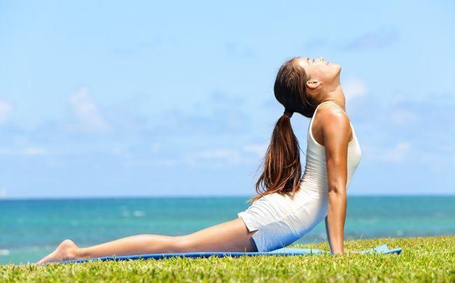 Yoga-Posen für besseren Sex - Kobra