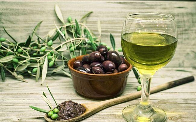 Kurkuma-Maske für Akne - Kurkuma und Olivenöl