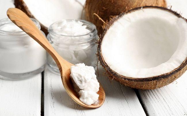 Kurkuma-Maske für Akne - Kurkuma und Kokosöl