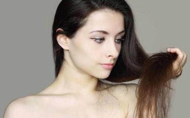 Vitamin E für die Haare - Behandlung von Split Haar