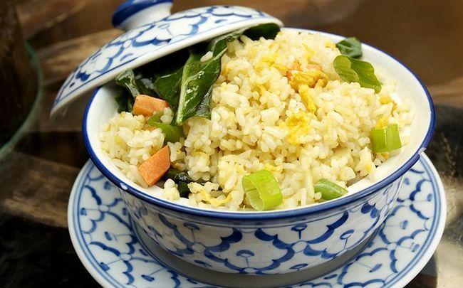 Ei gebratener Reis Rezepte - Ei gebratener Reis und Schinken