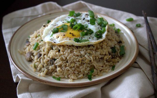 Ei gebratener Reis Rezepte - Ei gebratener Reis und Gemüse