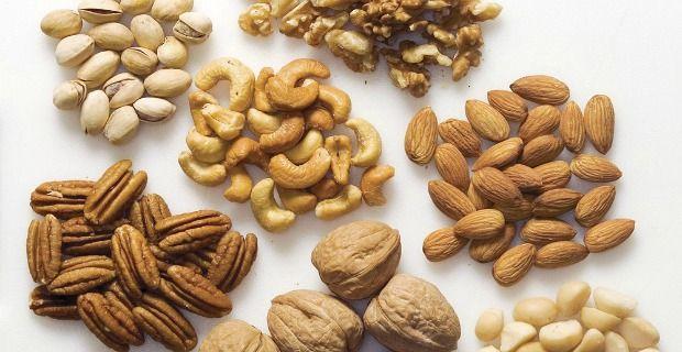Beste nüsse für die gesundheit und ernährung: nüsse gehen für eine bessere gesundheit