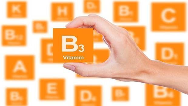 Vitamine für trockenes Haar