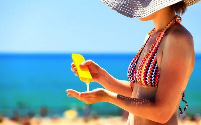 Sonne geschädigter Haut Behandlung - künstliche UV-Strahlung regelmäßig