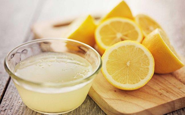Zitrone für Dehnungsstreifen - Zitronensaft für die Haut Peeling