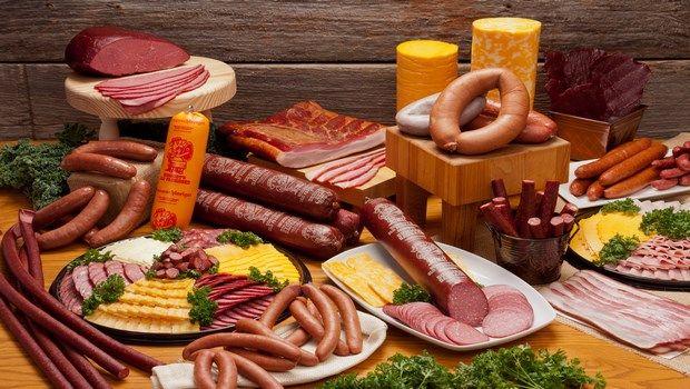 Lebensmittel, die Bluthochdruck-deli Fleisch verursachen