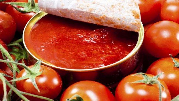 Lebensmittel, die Bluthochdruck-Dosen Tomatenprodukte verursachen