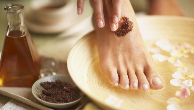 Fußpeeling Rezept - brauner Zucker Fußpeeling Rezept