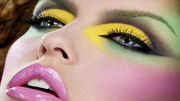 zuviel Makeup